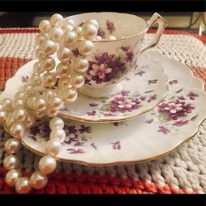 "Accessories - Vintage Royal Aynsley ""Violette"" teacup & saucers"